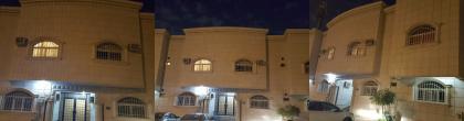 للبيع عمارة بحي الواحة مساحة 916م شارع رفحاء مؤجرة بالكامل دخلها 425ألف